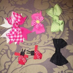 Other - 6 small girls hair accessories